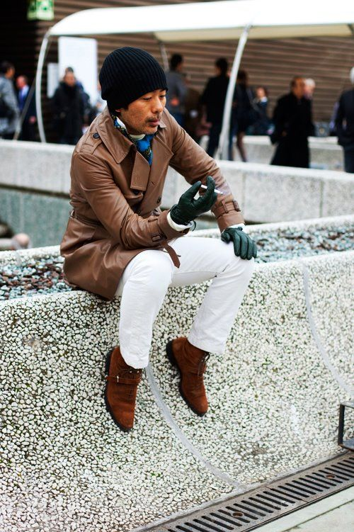 On the Street….Green Gloves, Florence