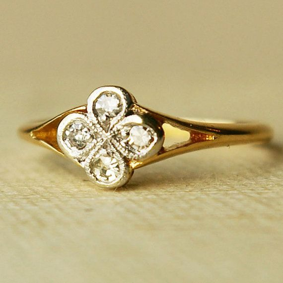 NonTraditional Engagement Rings Clover ring 18k gold and Diamond