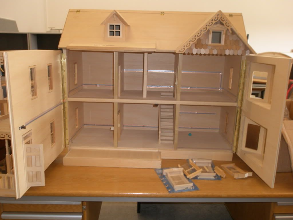 Doll Houses To Build To Make The Furniture Super Cool
