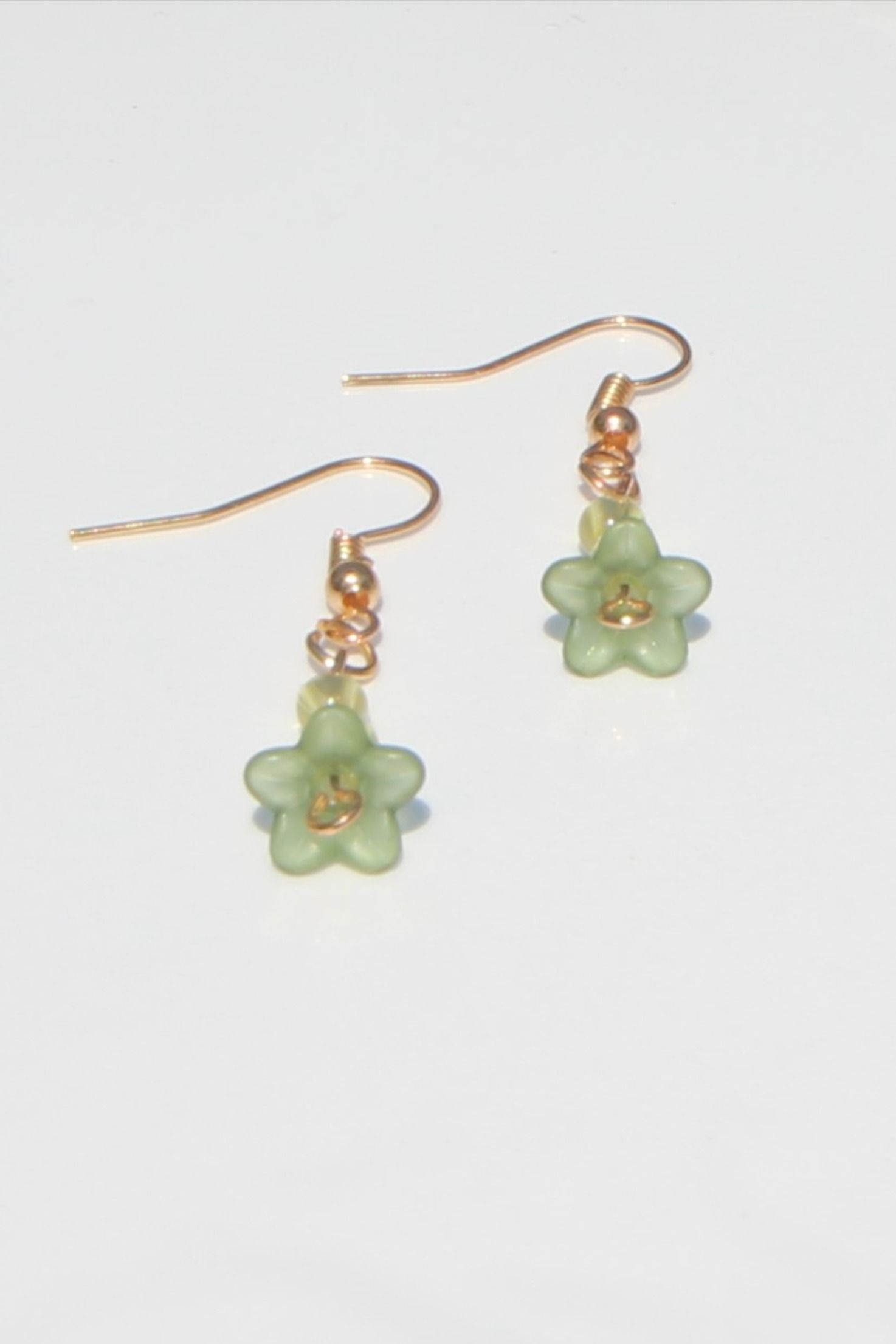 Stunning green and floral dangle earrings