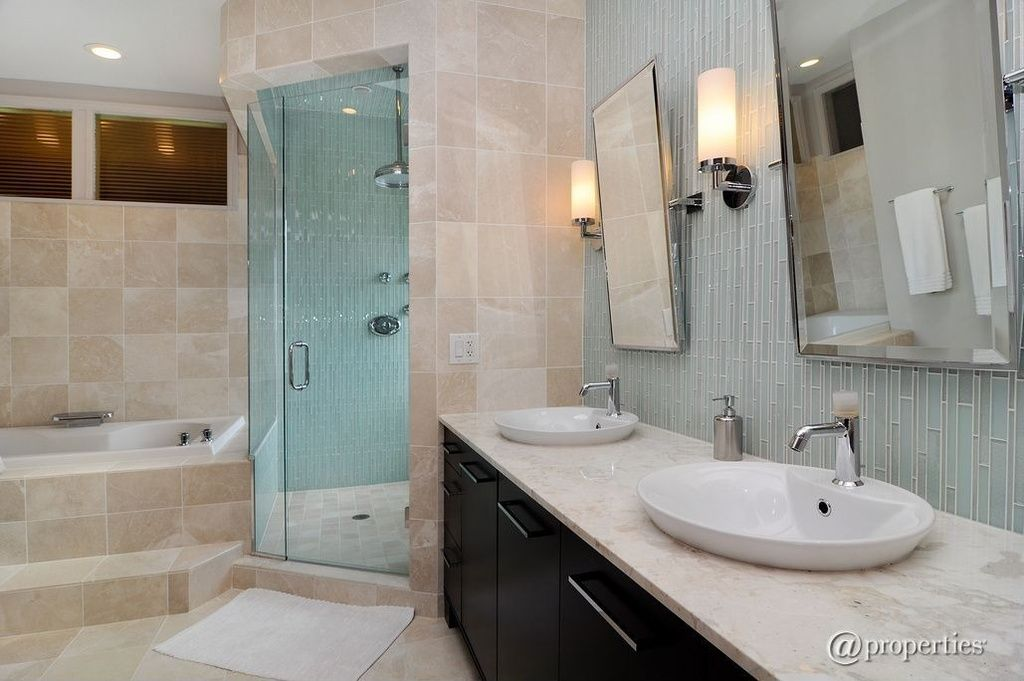 Full Bathroom Designs Prepossessing Contemporary Full Bathroom  Find More Amazing Designs On Zillow Inspiration Design