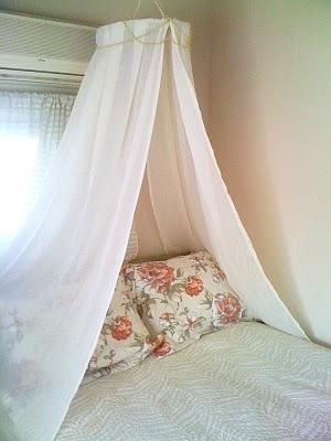 DIY Bedroom Furniture :DIY Canopy Bed : DIY Do It Yourself Princess Canopy
