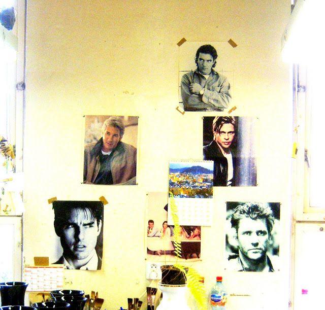 . . . my green haven:  wall of fame. gefunden in  einer glasfabrik in der nähe von prag. hier arbeiten fast nur frauen- wen wunderts!!