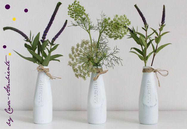 vasen 3 kleine glasflaschen vasen sanbitter ein designerst ck von casa ambiente bei. Black Bedroom Furniture Sets. Home Design Ideas