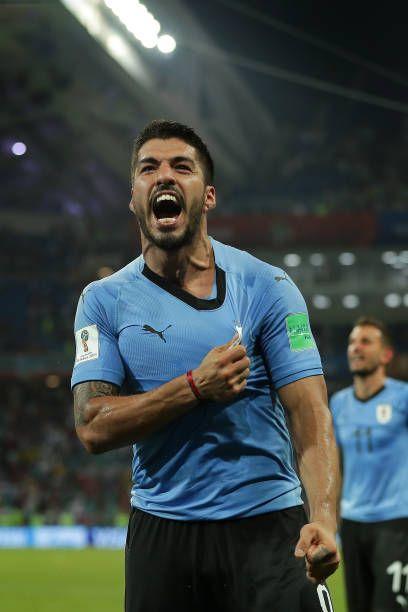 Luis Suarez of Uruguay celebrates victory at the final whistle during...   Luis suarez, Luis ...