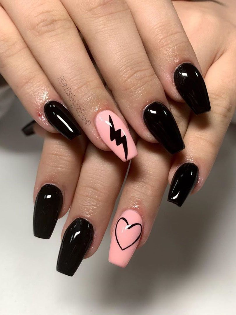 40 Simple And Edgy Black Nails Ideas That You Ll Fall In Love With Flymeso Blog In 2020 Edgy Nails Grunge Nails Short Acrylic Nails Designs