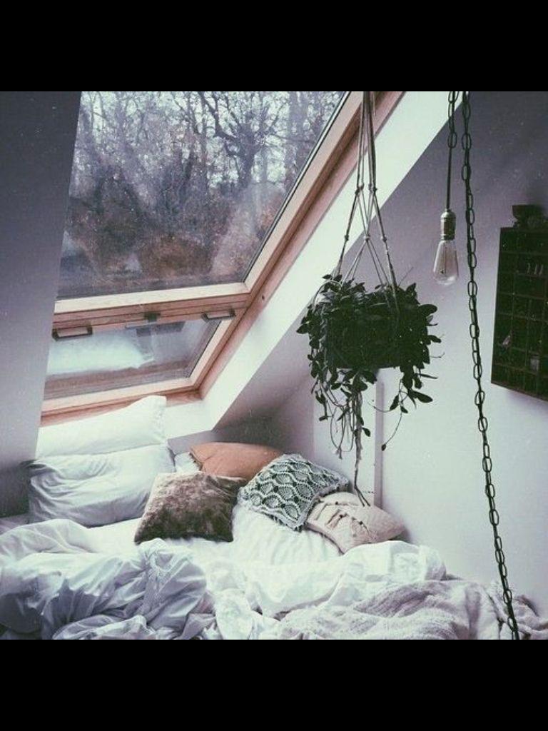 Under window decor  pιn  ѕoyvιrgo soyvirgo  bedroom in   pinterest