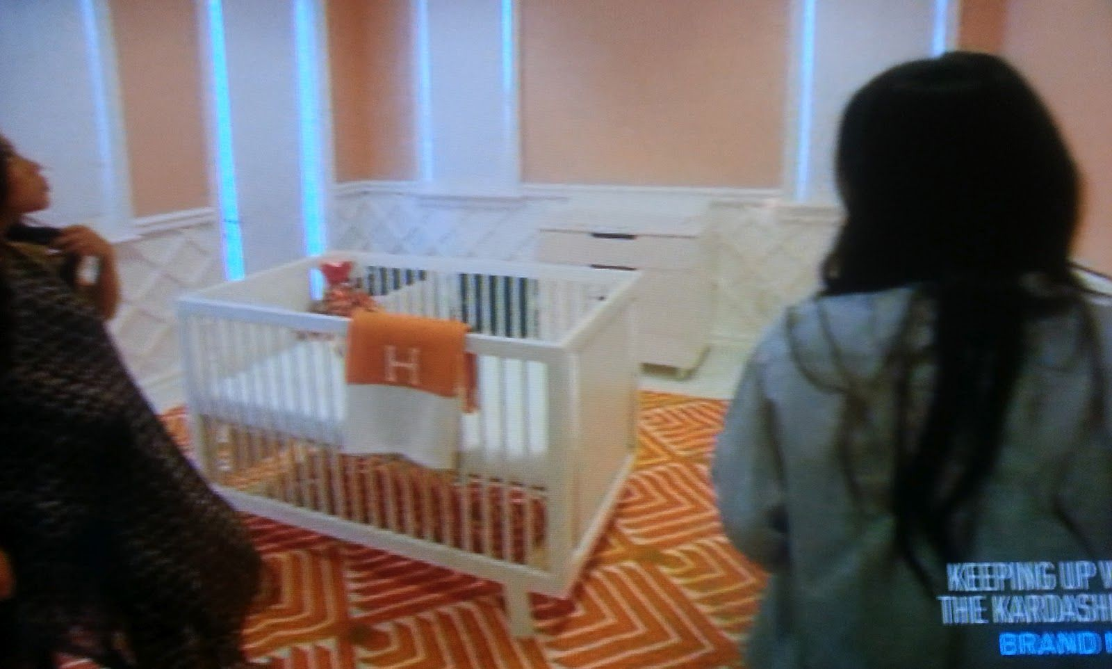 Kourtney Kardashian's nursery for Penelope. Oeuf Sparrow ...