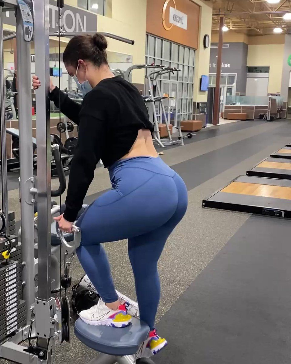 Darihana Nova On Twitter If You Re At A Crowded Gym Or Short Of Time Try This Cable Only Workout To Help Gr Curvy Girl Outfits Workout Guide Girl Outfits