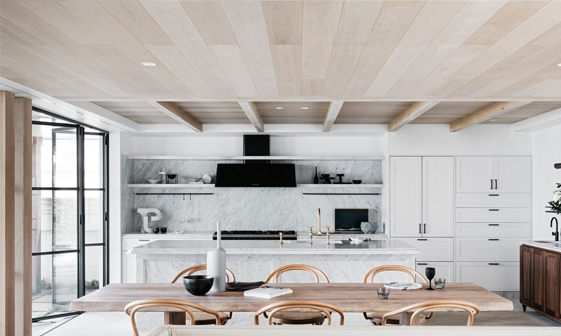 Sydney Vacation Home by Alexander & Co. | White Kitchens | Pinterest