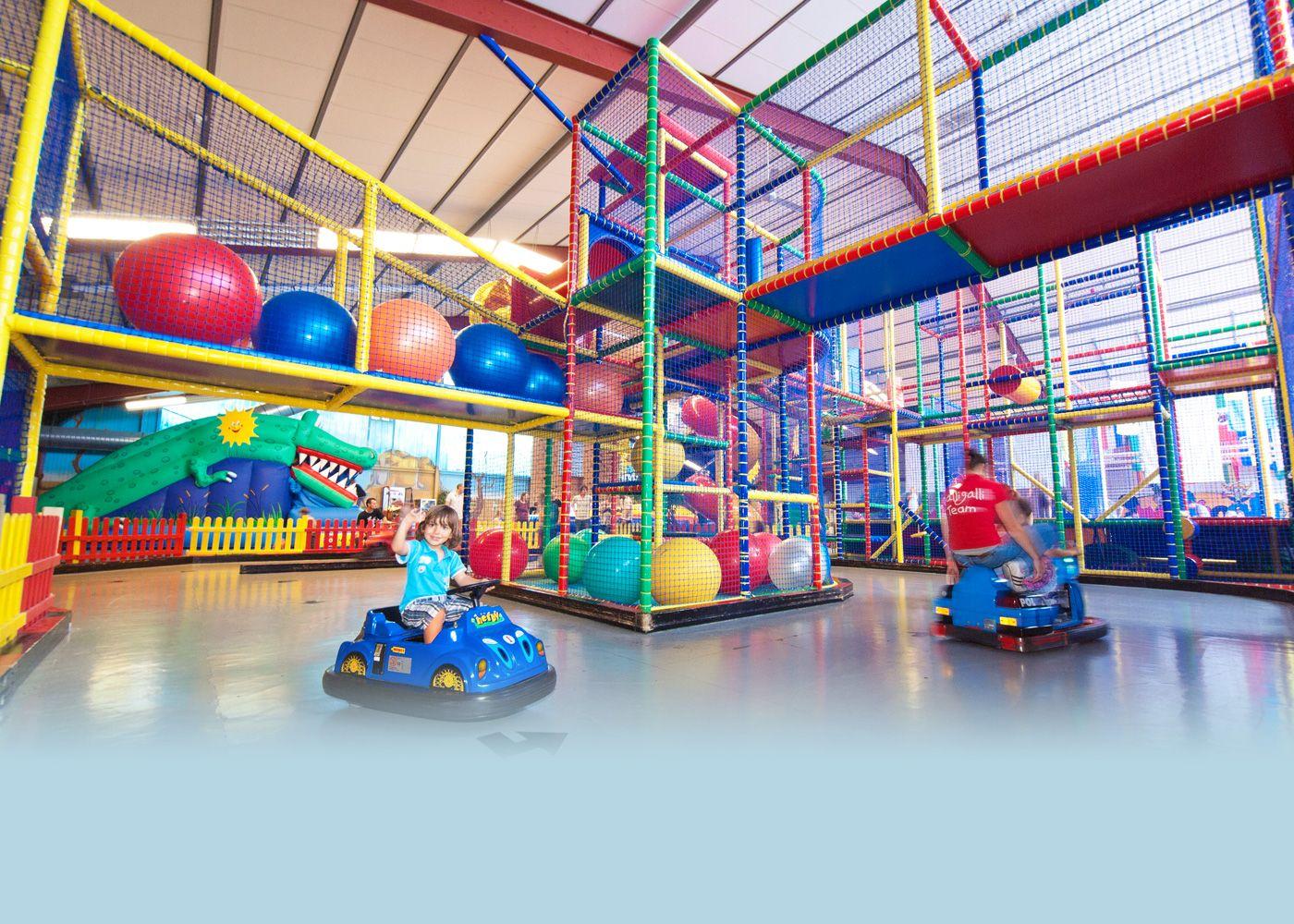 indoorspielpark rosbach halligalli kinderwelt hier ist platz zum spielen toben geburtstag. Black Bedroom Furniture Sets. Home Design Ideas