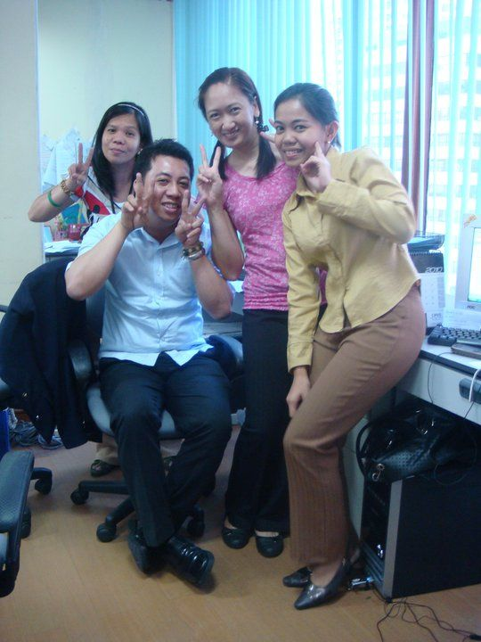 with officemates. happinesssss.....