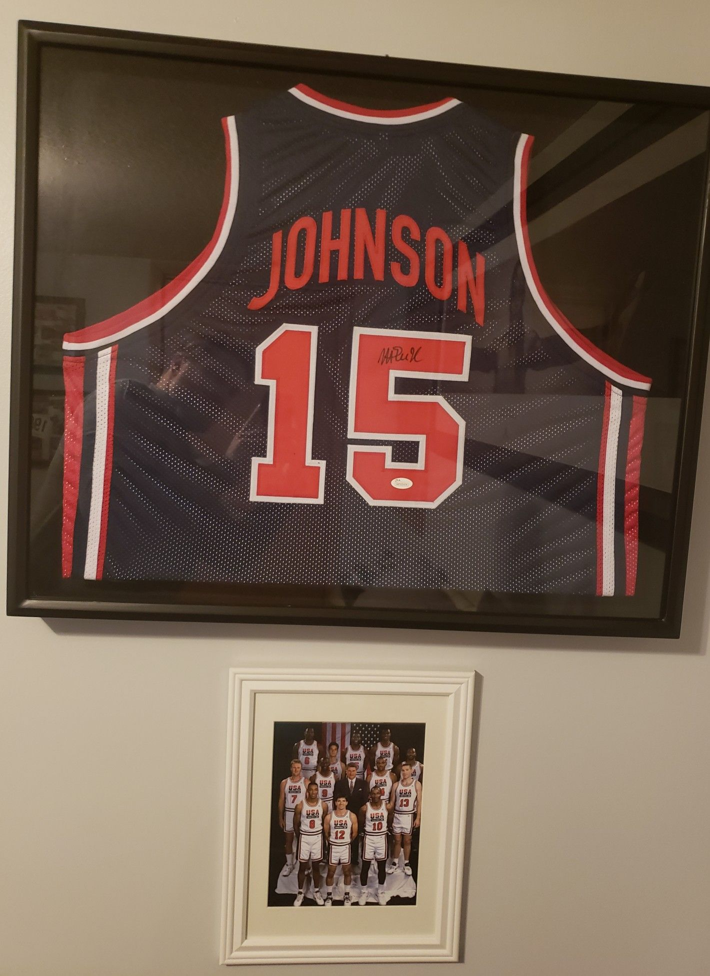 huge selection of 3964f 41c11 Magic Johnson signed Dream Team jersey! With team 8x10 below ...