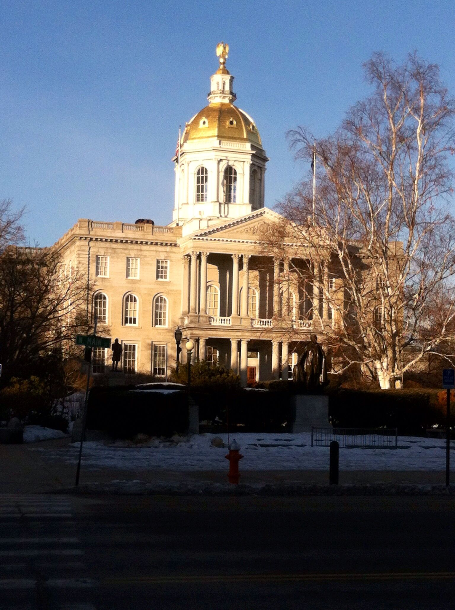 NH State House In The Morning Sun