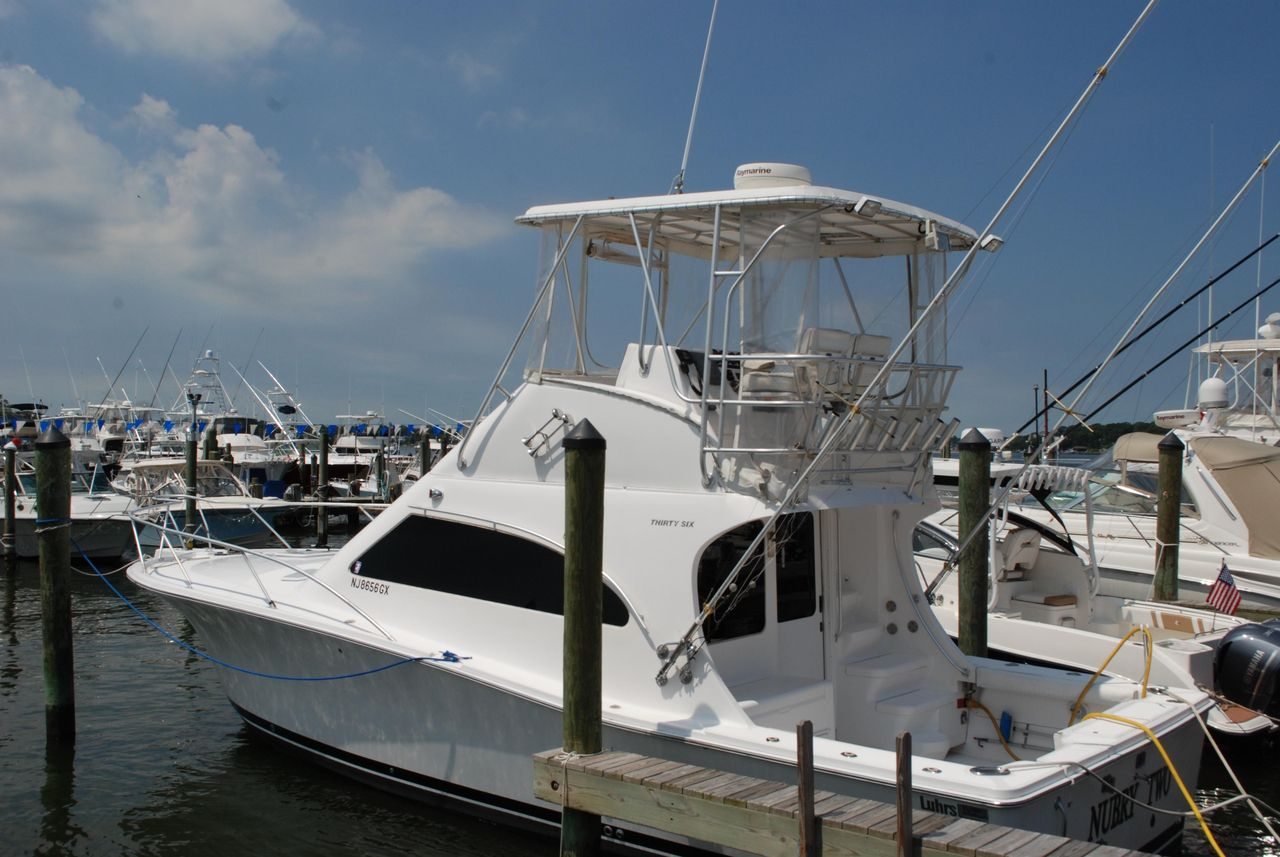 2004 36 Used Luhrs 36 Convertible Saltwater Fishing Boat For Sale 169 000 Point Pleasant New Fishing Boats For Sale Salt Water Fishing Boating Pictures