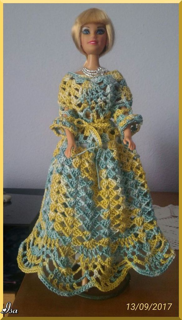 Pin de kristina royalty en crocheted doll dresses and doll furniture ...