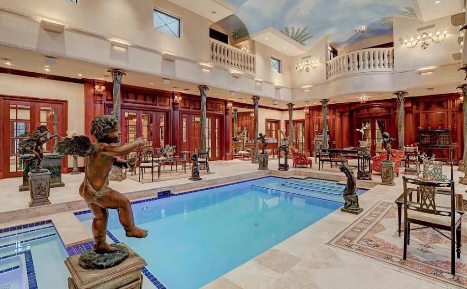 Limestone Mansion In Houston With 2 Story Indoor Pool Homes Of The Rich Luxury Swimming Pools Mansions Indoor Pool