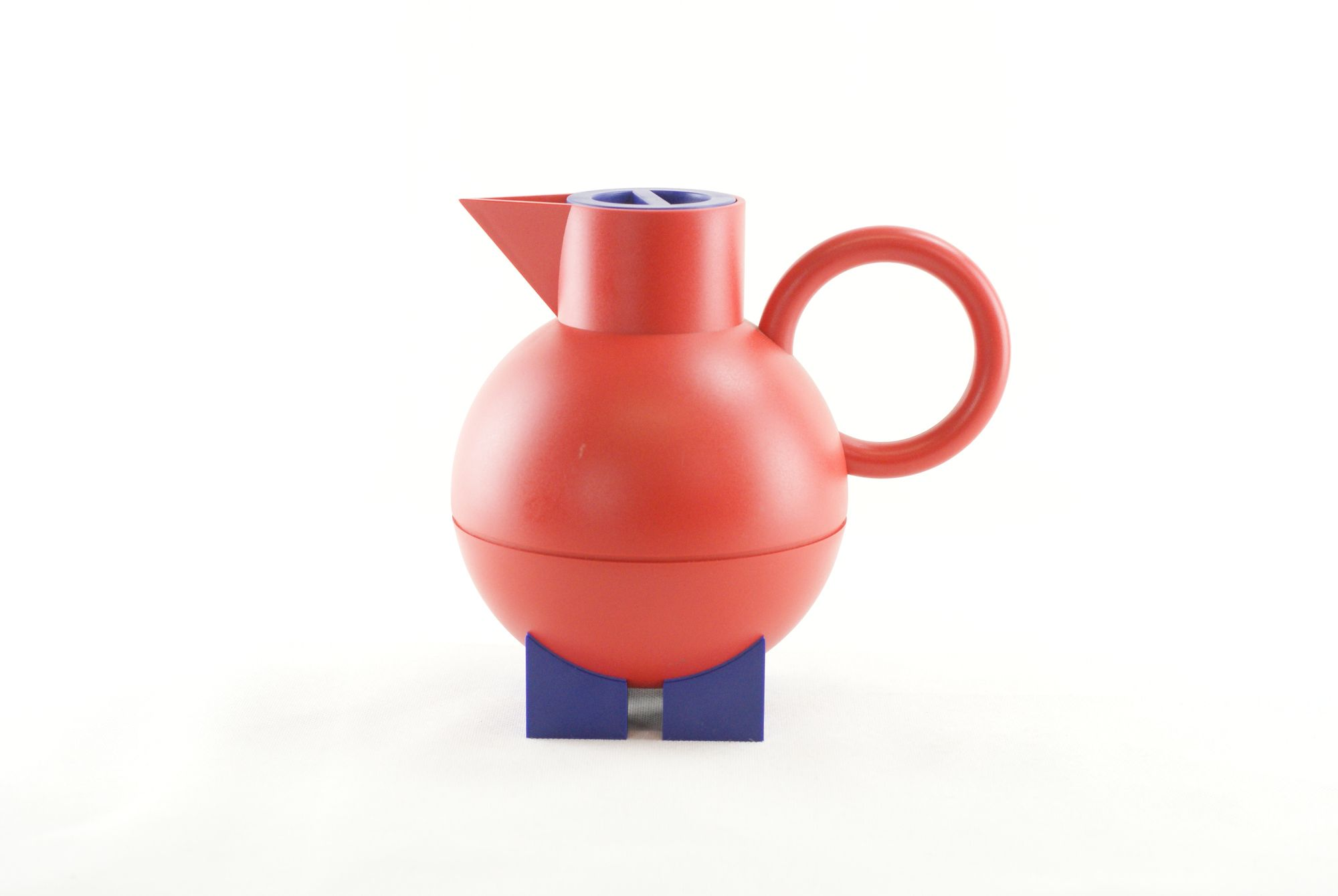 Vintage Alessi Euclid Thermos In Red And Blue By Michael Graves In 2020 Michael Graves Alessi Vintage