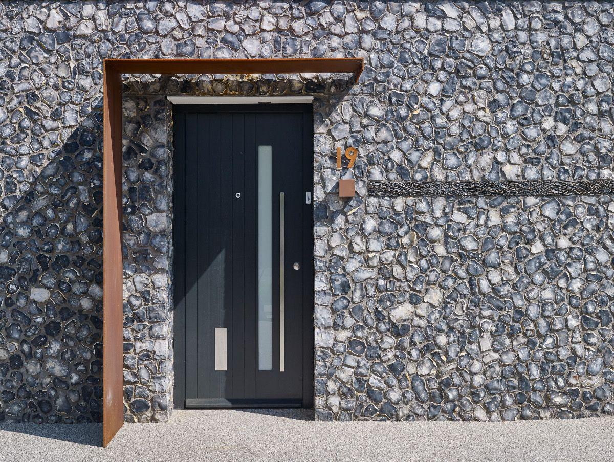 House 19 Grand Designs Feature 21st September 2016 News Events Contemporary Front Doors Cedar Cladding Front Doors Uk