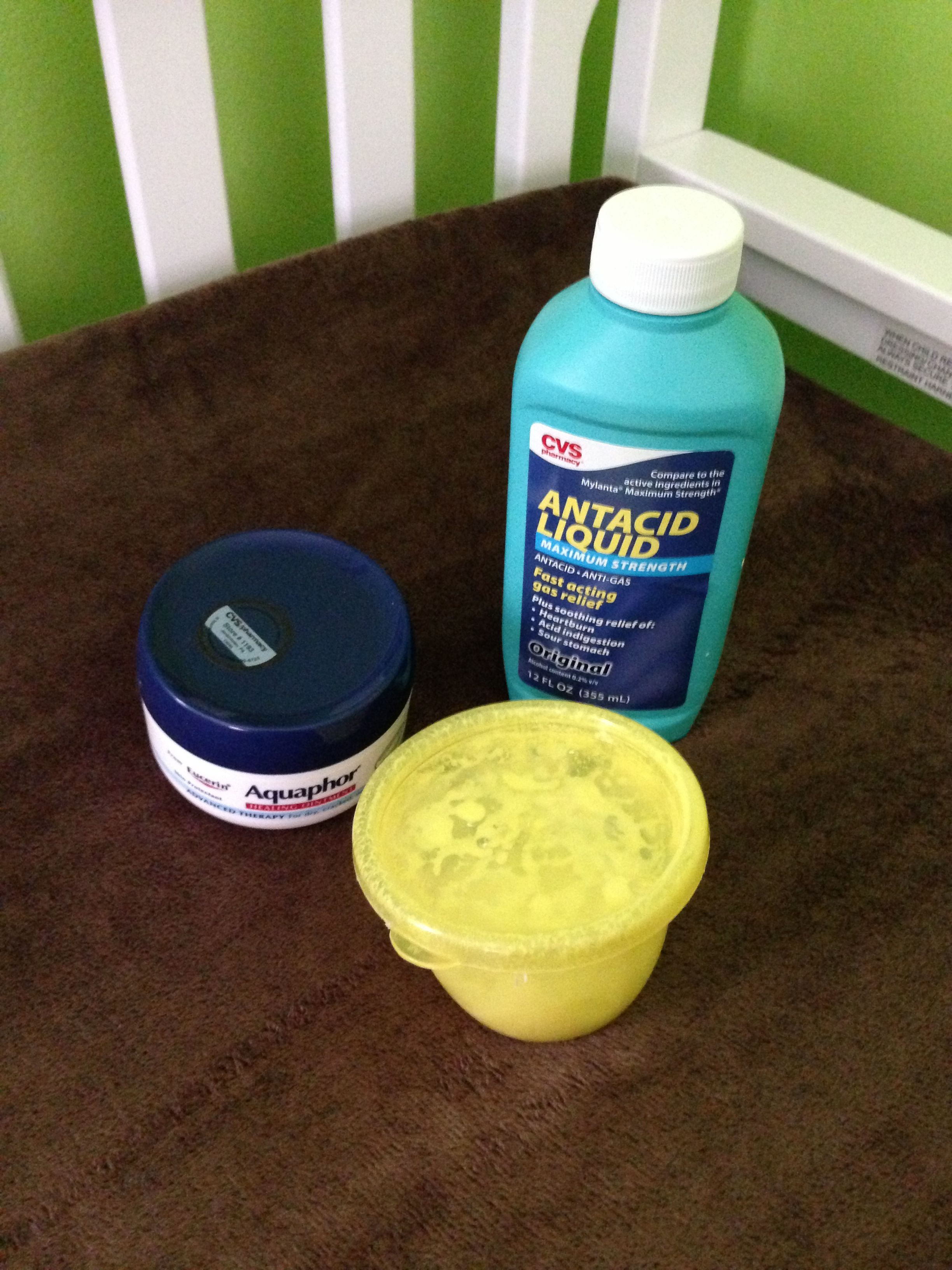 Homemade diaper rash cream: equal portions of aquaphor and mylanta (or Maalox) *fast relief, pediatrician recommended*