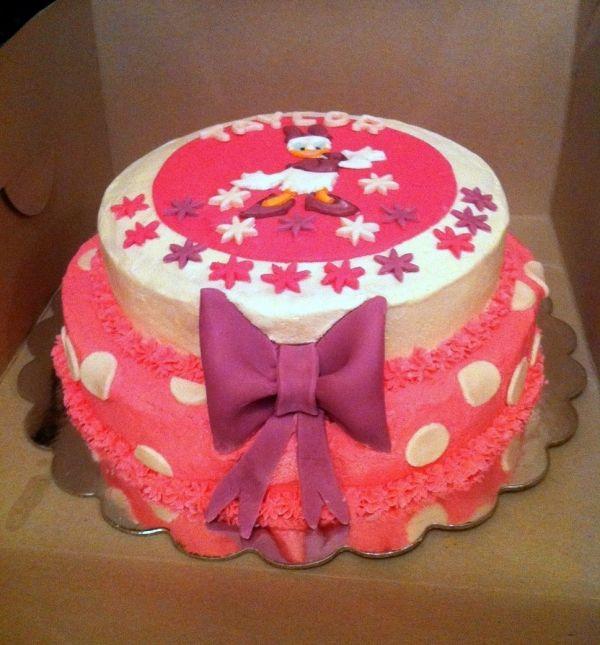 Fondant Daisy Cake