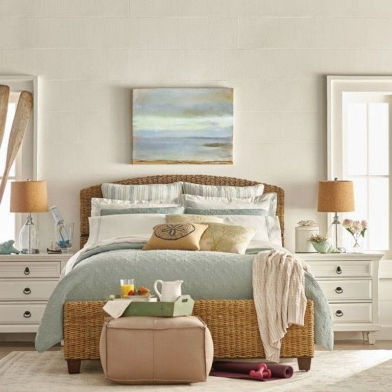 20+ Homey And Cozy Master Bedroom Decorating Ideas