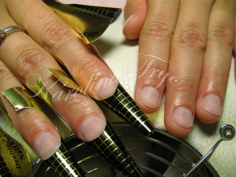 Gel Nails Vs Acrylic Nails - http://www.mycutenails.xyz/gel-nails-vs ...