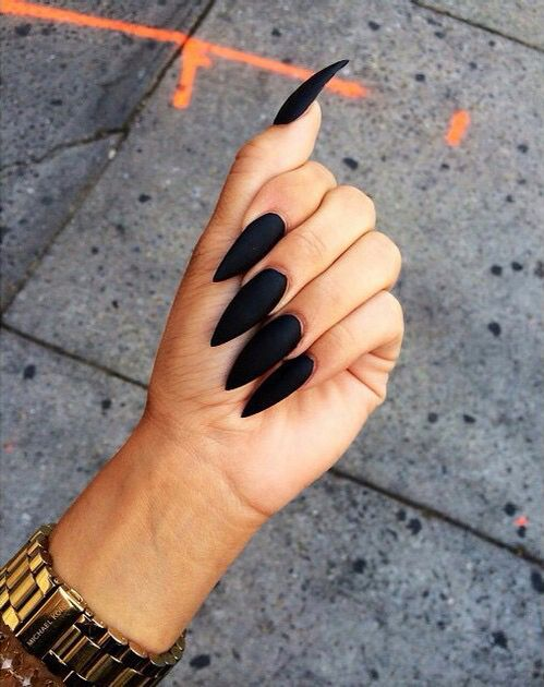 black pointy nails | Nails | Pinterest | Pointy nails, Black and Make up