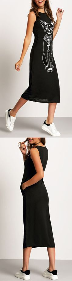 This black tshirt dress is more fashion with it's cute cat print. Pretty street outlook teaming with sneakers. US$12.99