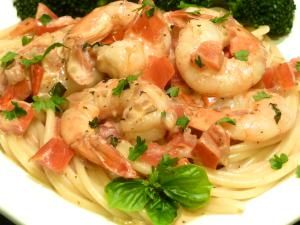 Delight Your Tastebuds With This Elegant Tomato Cream Sauce for Shrimp