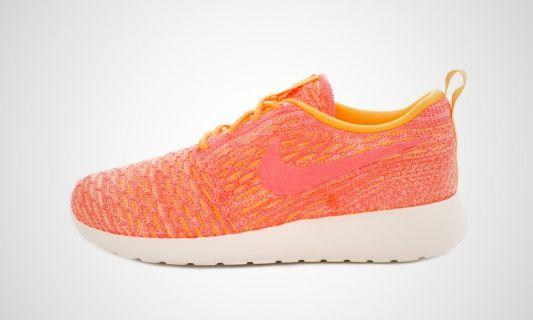 WMNS Roshe One Flyknit (orange) Sneaker #sneakers #sneakerheads #sneakerfreaker #style #streetwear #fashion #foccz #NIKE