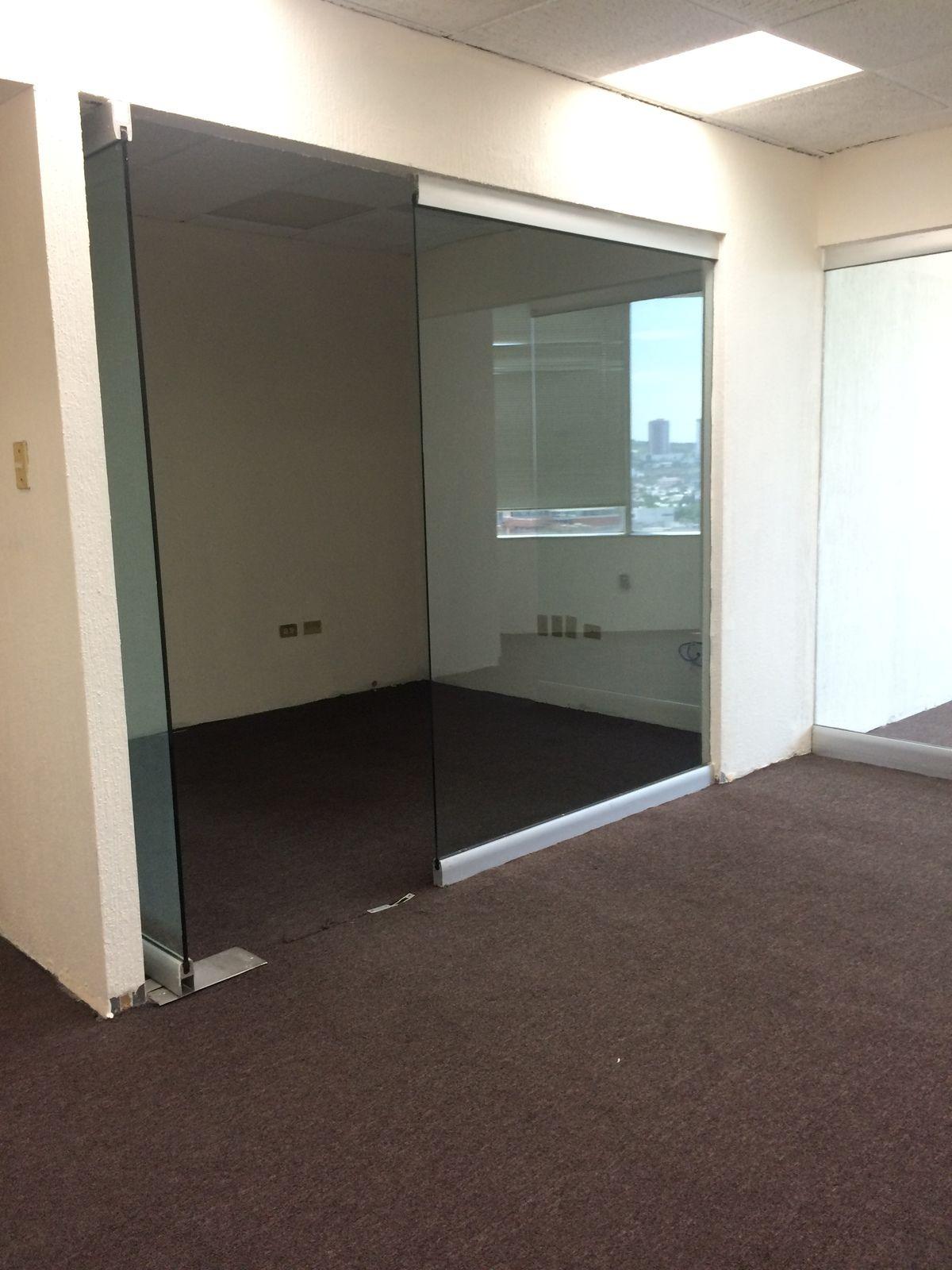 Oficina acondicionada en renta en Edificio corporativo en Gómez Morin