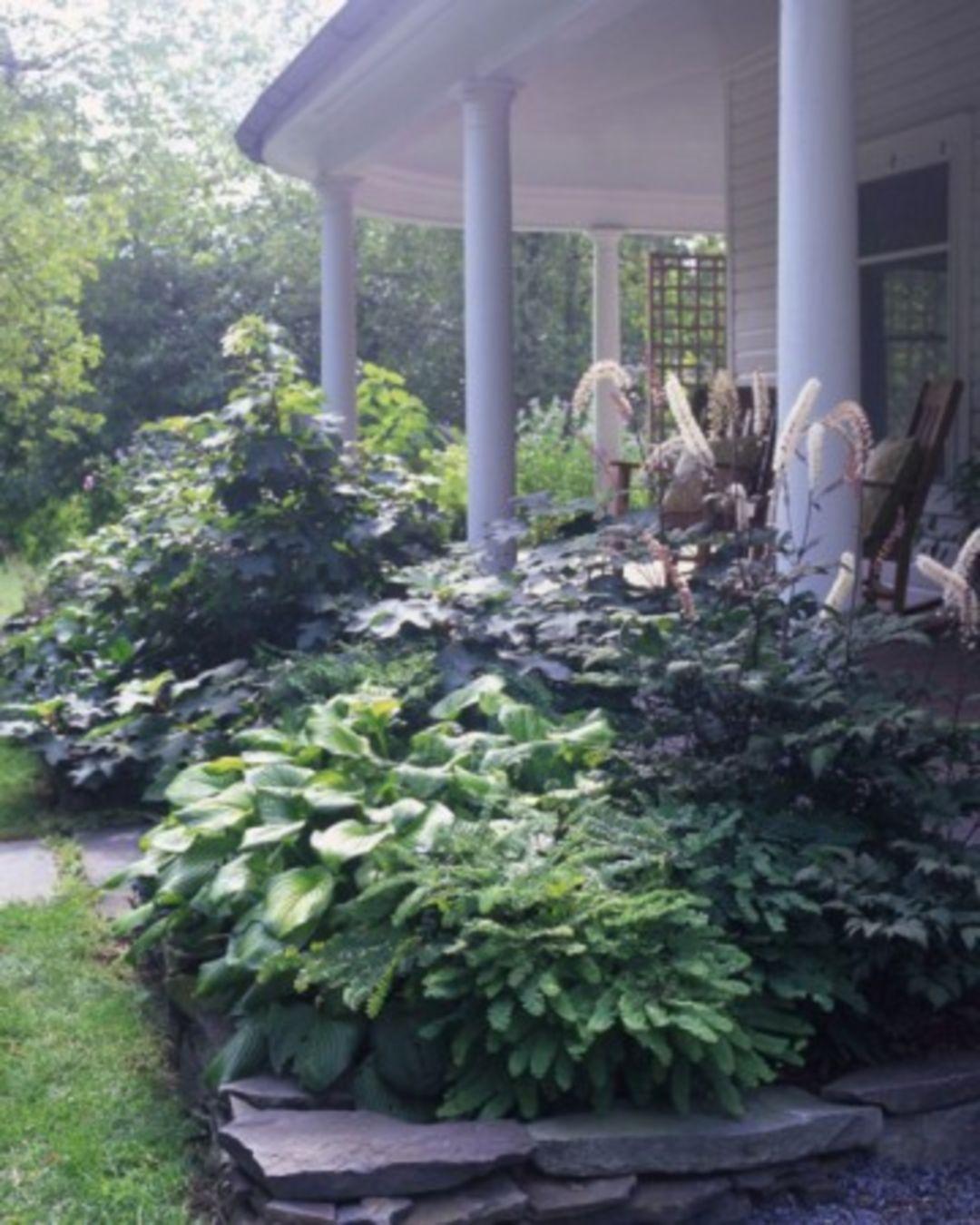 Inspiring 85+ Fabulous Lush Garden Design Ideas To Make Your Yard Awesome https://freshoom.com/11007-85-fabulous-lush-garden-design-ideas-make-yard-awesome/
