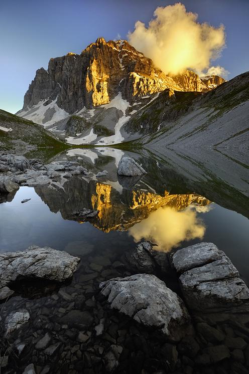 Golden peak     konstantinos