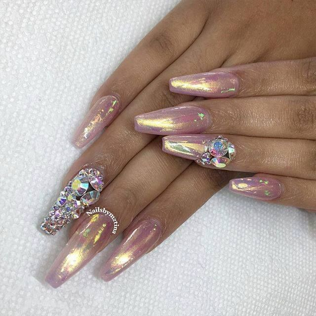 unas-con-acabado-espejo-metalico-12 | Dope nails, Nail inspo and ...