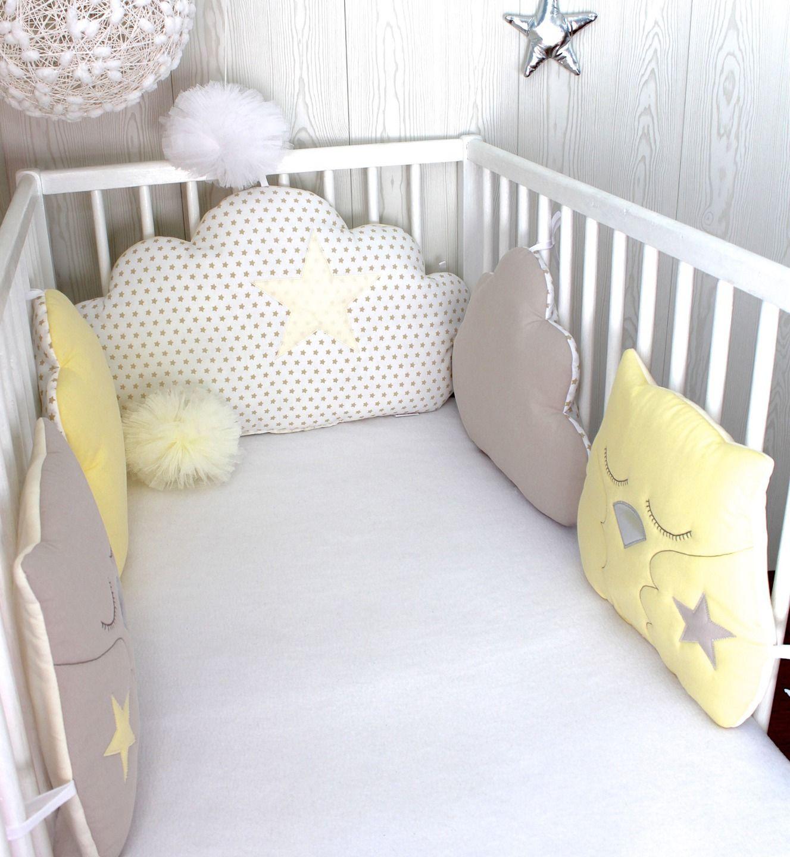 tour de lit b b nuage et hiboux couleur blanc beige et. Black Bedroom Furniture Sets. Home Design Ideas
