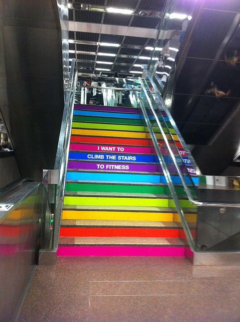 I want to climb the stairs to fitness publicidad for Escaleras gimnasio