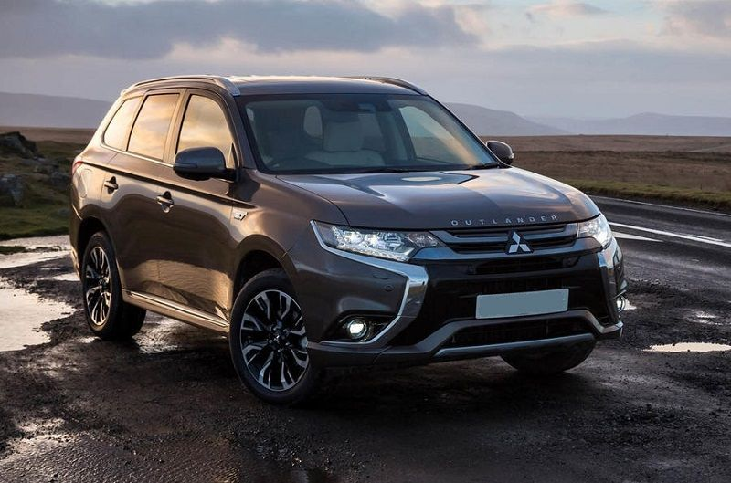 2020 Mitsubishi Outlander Phev Redesign Price And Specs Suv Carros Classicos Auto