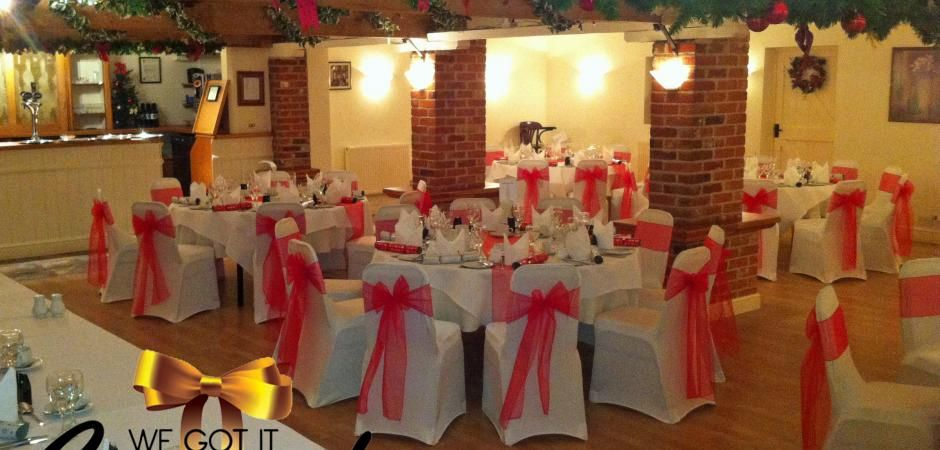 wedding chair covers hire hertfordshire modern chairs for bedroom find cover in london at wegotitcovered co uk we offer