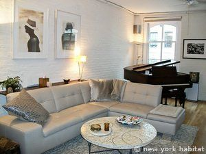Discount Until May 3rd Take 20 Off This Amazing 1 Bedroom Loft In A Converted Warehouse Of The Midt Bedroom Loft New York Accommodation New York Apartments