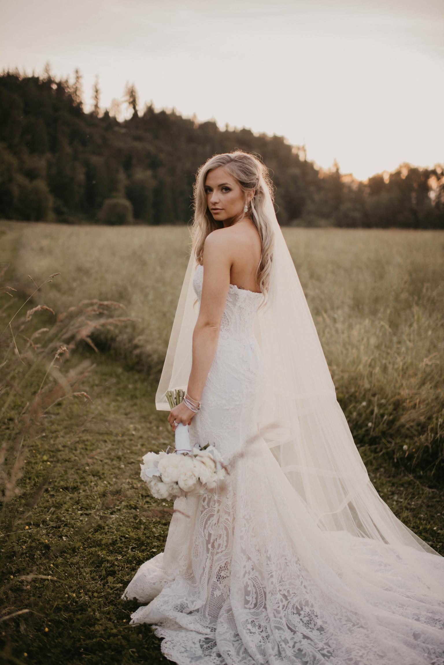 Gala 704 Collection No Ii Bridal Dresses Galia Lahav Wedding Dress Inspiration Wedding Dresses Wedding Dress Couture [ 2301 x 1536 Pixel ]