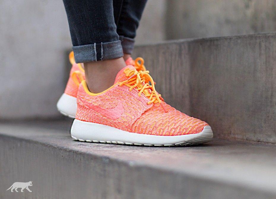 online retailer 481f4 30dea Nike Wmns Roshe One Flyknit (Laser Orange Bright Mango - Sail) ...