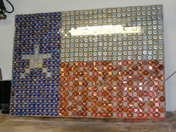Texas Flag Beer Bottle Cap Mosaic. I would do this on a table top for the  patio! This is so going to happen! 62db8918e