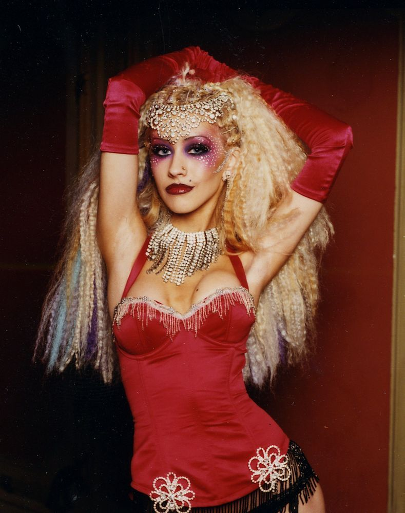 Christina Aguilera. LADY Marmalade, freaking luv her hair