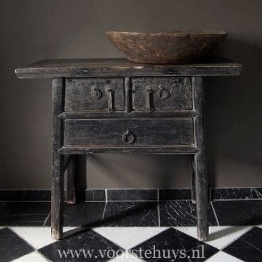 Sidetable Eiken Patine.Antique Sidetable With Black Patina Wood Pinterest