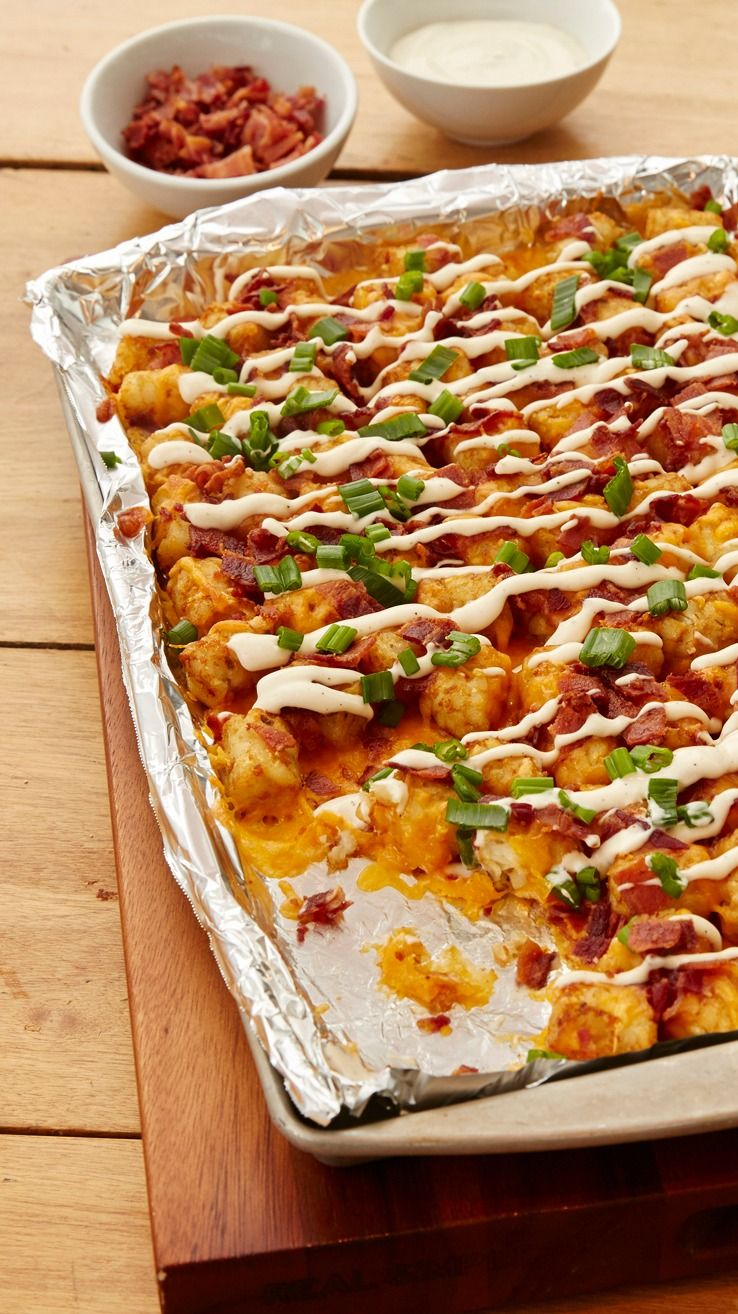 Loaded Baked Potato Totchos - These potatoes are topped with all the delicious flavors of loaded baked potatoes. Serve as a family-friendly side to dinner or an appetizer for game day.