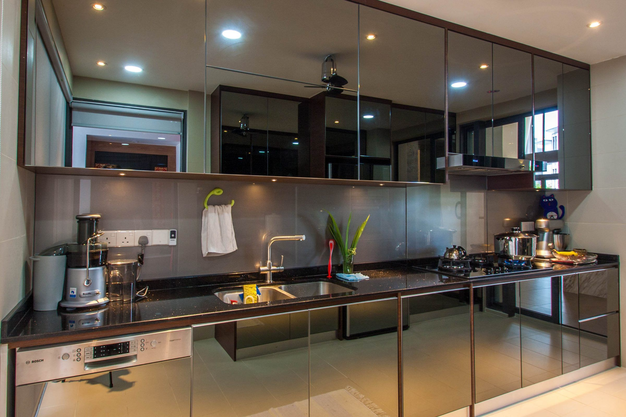 Sleek And Shiny Pros And Cons Of Using Reflective Kitchen Cabinets Malaysia S No 1 Interior Design Cha Interior Design Kitchen Kitchen Design Kitchen Prices