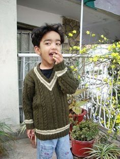 0890d0039 Umme Yusuf  Cricket Pullover free knitting pattern in boys sizes ...