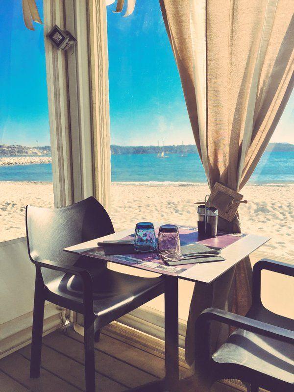 """Villa Montrose  町田陽子 on Twitter: """"冬は閉まっていますが、今週オープン。春になったらすぐに飛んでいきたい海辺レストラン。Palm b Bandol 。ダヴィッドの地元 フランス版 海の家 https://t.co/Snv40ZAVqS"""""""