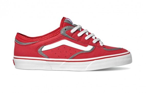 662713e35a Does this even look like a shoe by vans... there so nice!